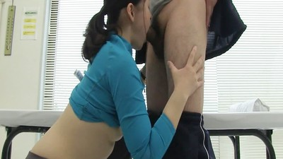 Japanese milf squirts all..