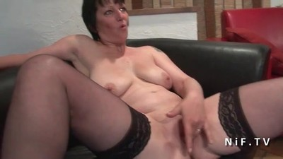 French mature hard anal..