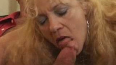 horny mature blonde fucked..