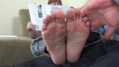 BARE FOOT & Mature Cum..