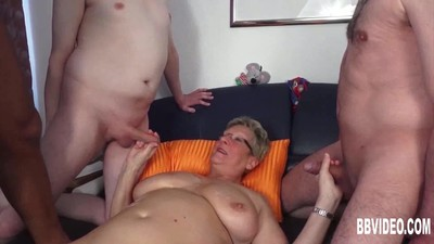 German granny fuck two dicks