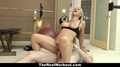 TheRealWorkout - Hot Milf..