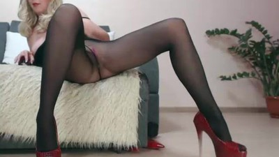 Mature lady webcam pantyhose..
