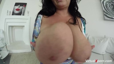 Milf Busty Reny shows her..