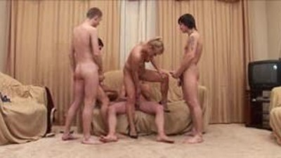 Russian Aunty And 4 Young Guys